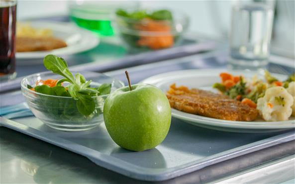A healthy meal with fruit and vegetables